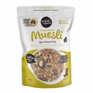 Muesli, Toasted Nuts Honey and Chia